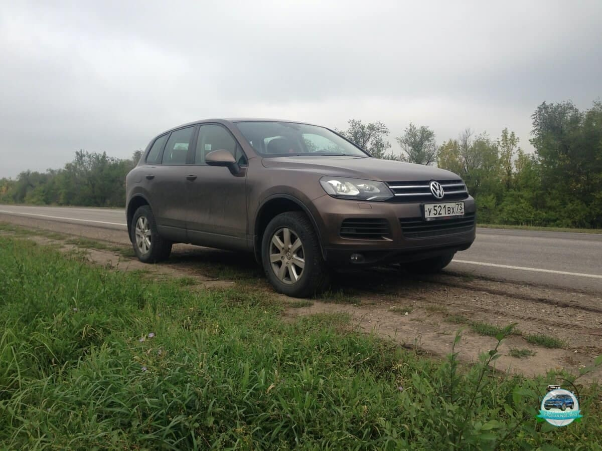 Volkswagen-Touareg-nf-2010-1